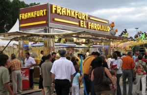 Catalan_Hot_Dog_Stand_Frankfurt